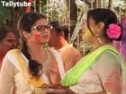 Madhubala : Madhu, Abhay play Holi