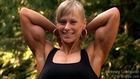 Wendy Lindquist Girl Flexing Great Biceps Peaks