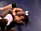 Black female wrestling headlocks (wrestling figure 4 headlock, headscissors and camel clutch). 女子レスリング